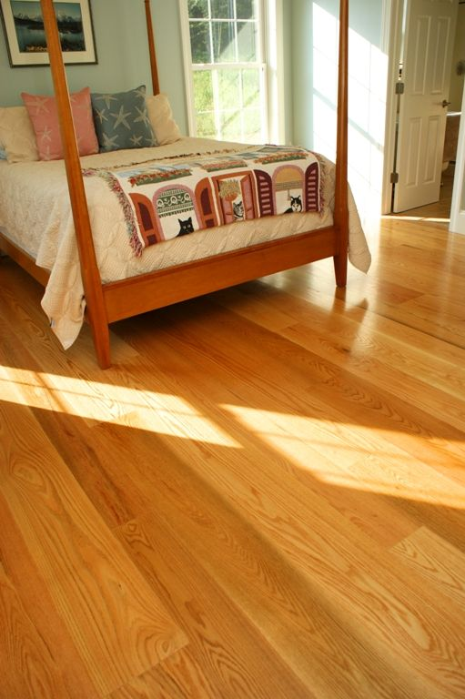 Red Oak Floors With Mineral Streaks