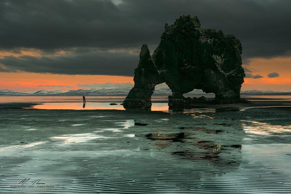 Abendstimmung bei Hvitserkur (Island)