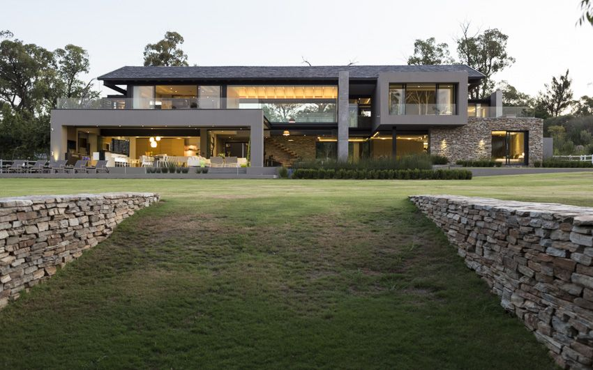 House in Blair Atholl | Facade | Nico van der Meulen Architects | M ...