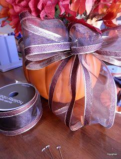 Tippytoe Crafts: YAH: Pumpkin Planter