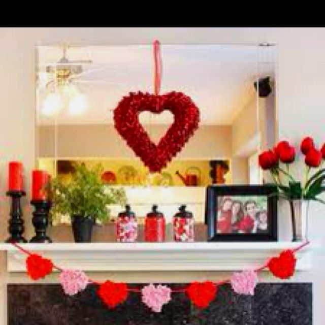Cute valentines day decor & Valentineu0027s Day mantel decoration ideas | Holidays Mantels and ...