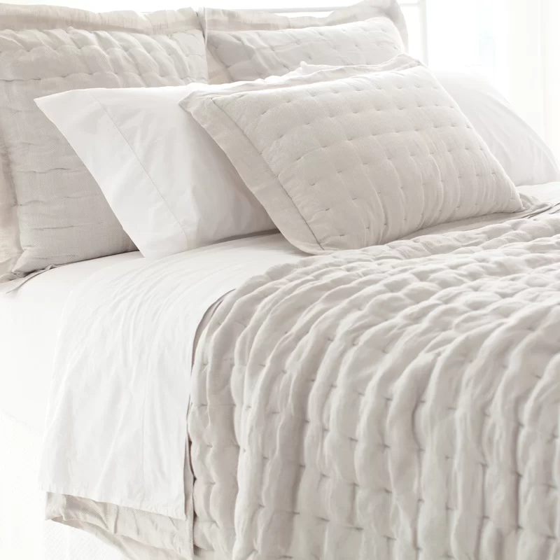 Pine Cone Hill Brussels Single Quilt In 2020 Bed Design