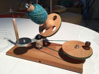 Holzwurm's - Hilfen für Stricken, Spinnen, Häkeln - Wollwickler, Wollhaspel