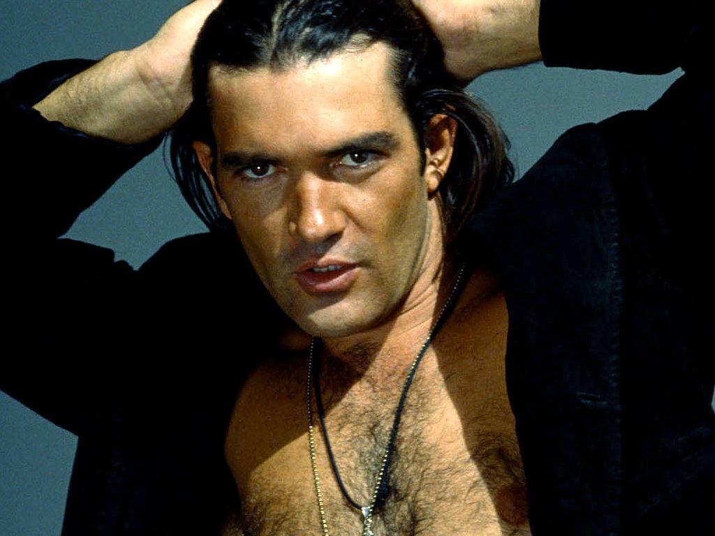 Antonio Banderas In Desperado Yum Actors Hot Actors Movie Stars