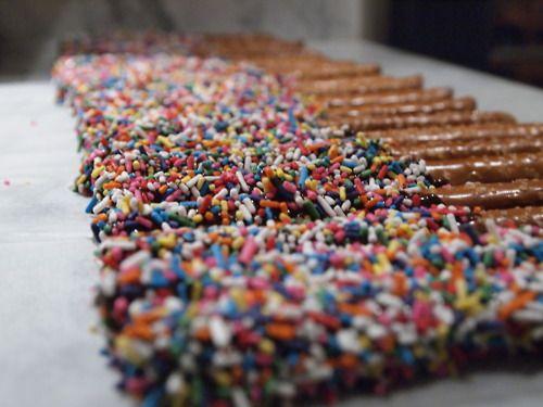 Ellen's choco pretzels:)