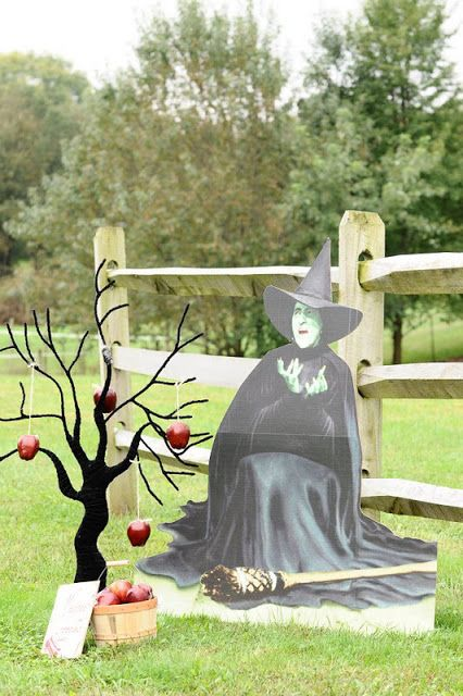 Vintage Wizard Of Oz Party! - Kara's Party Ideas - The Place for All Things Party