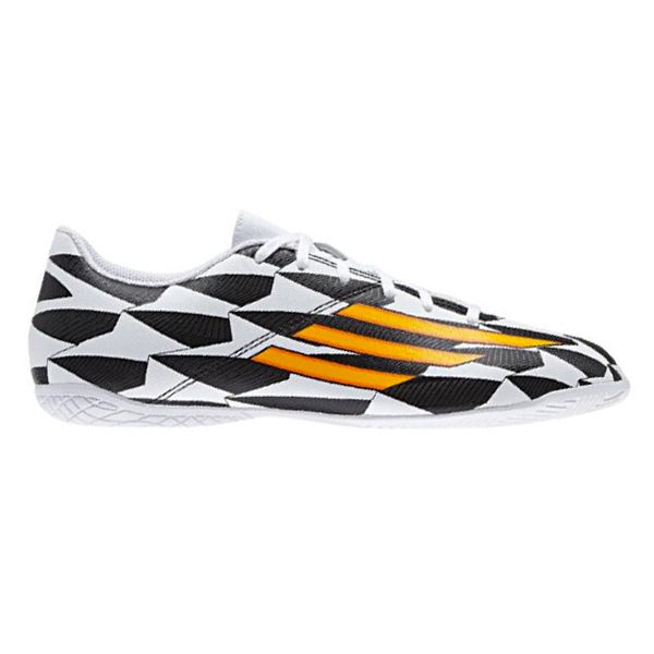 Sepatu Futsal Adidas F5 In Wc M19930 Dibuat Dari Bahan Sintetis