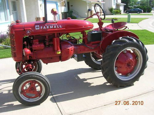 Old Farmall Tractors With Images