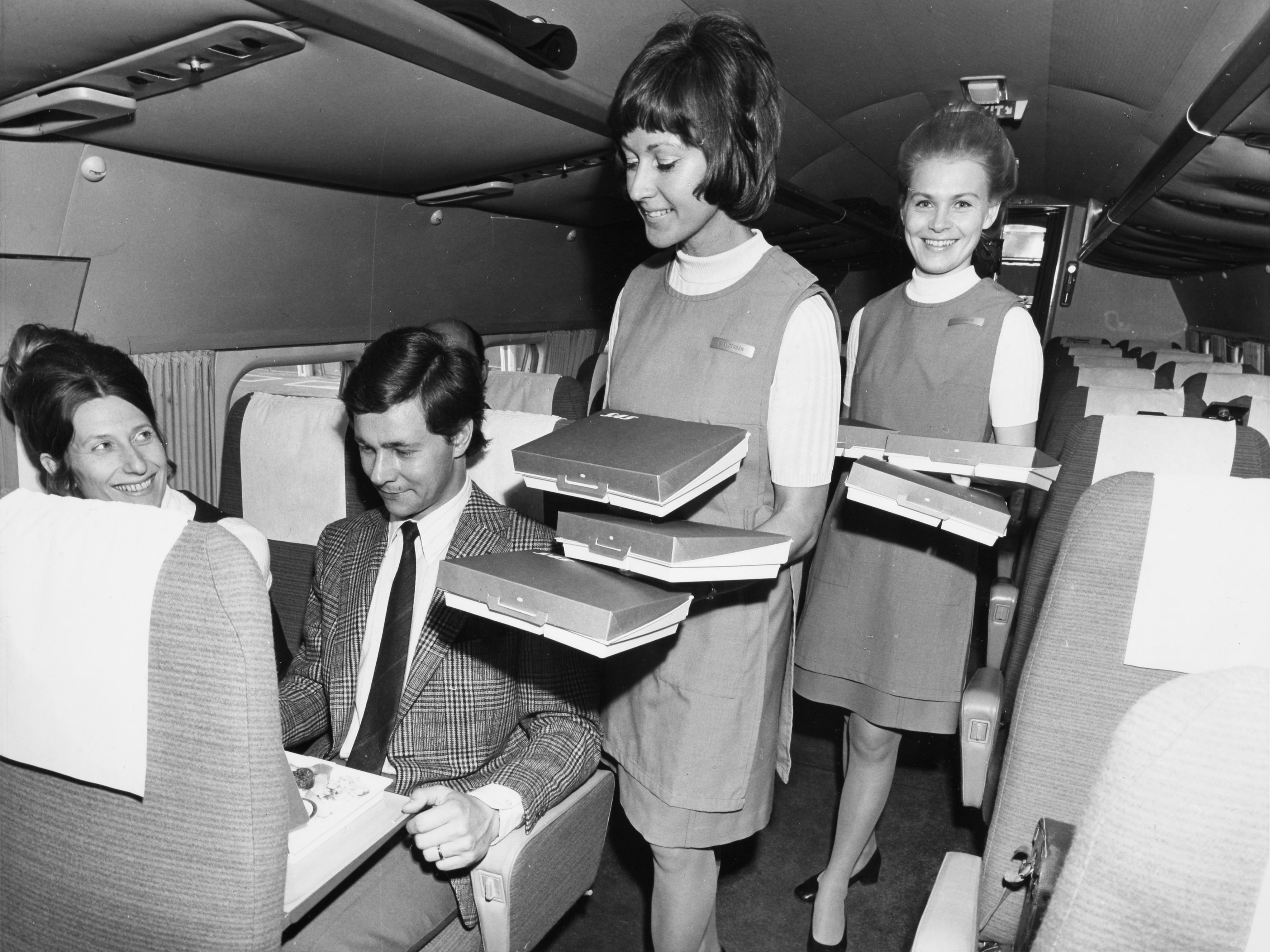 Scandinavian Airlines Dc 9 Economy Class Norway Travel Norway Vintage Airlines