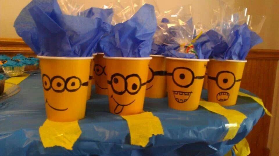 Diy minion cup/ party favors