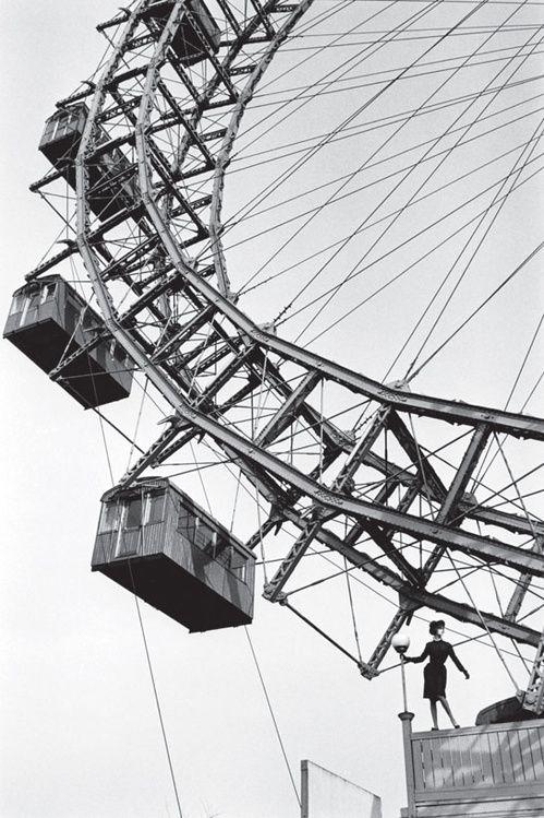Photographer Jeanloup Sieff, 1961 // Livre Fashion Sieff de Jeanloup Sieff