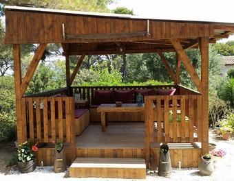 Salon de jardin et pergola en palette | Oriental garden design ...