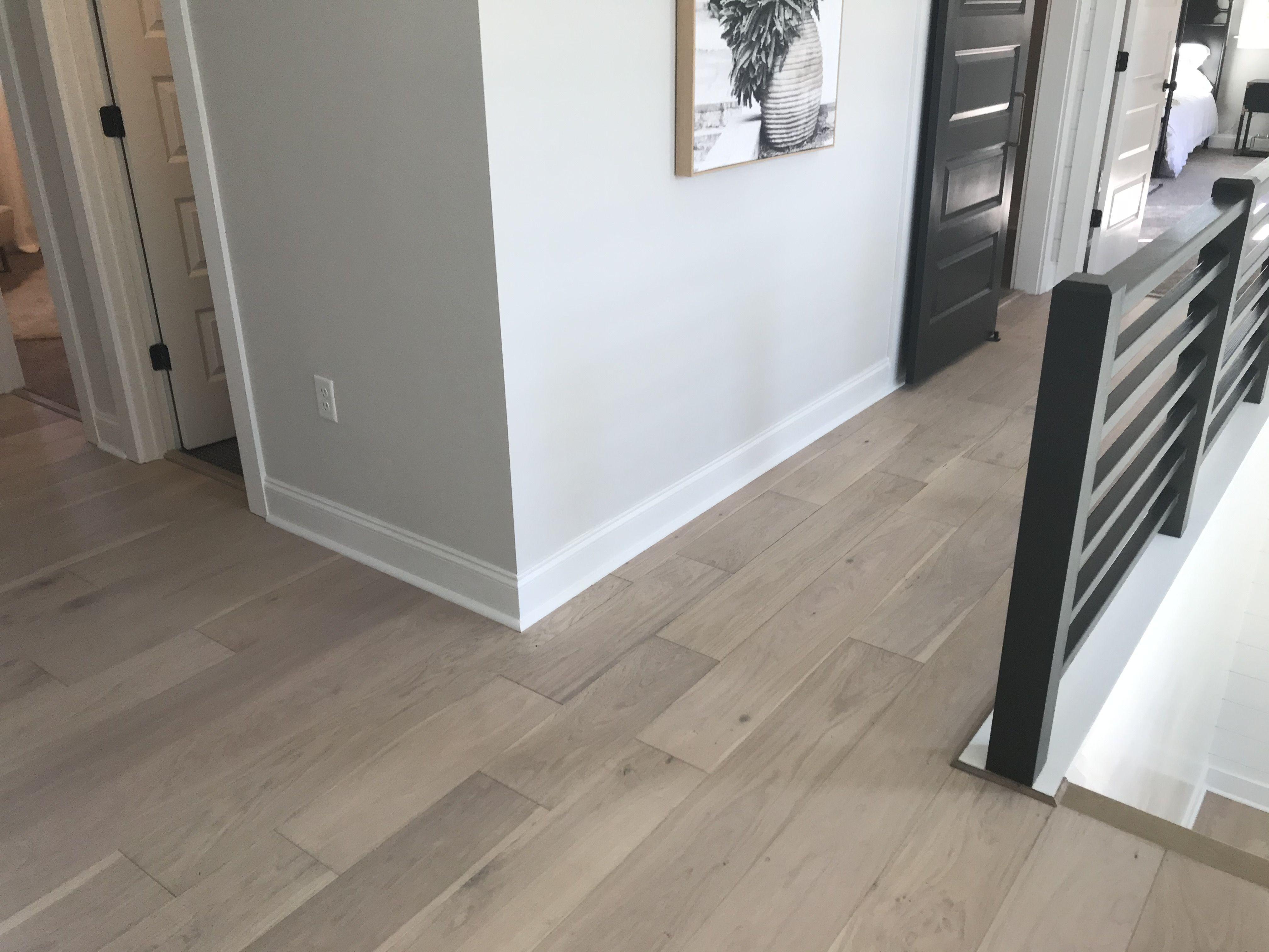 Seashell Oak Hardwood Hallmark Floors In 2020 Oak Hardwood Hardwood Floor Colors Flooring