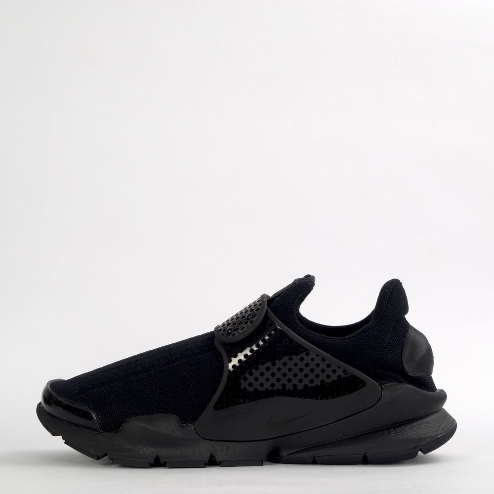 sale retailer 9f439 1d31a Nike Sock Dart Mens Unisex Slip On Trainers Shoes Triple Black  Nike…