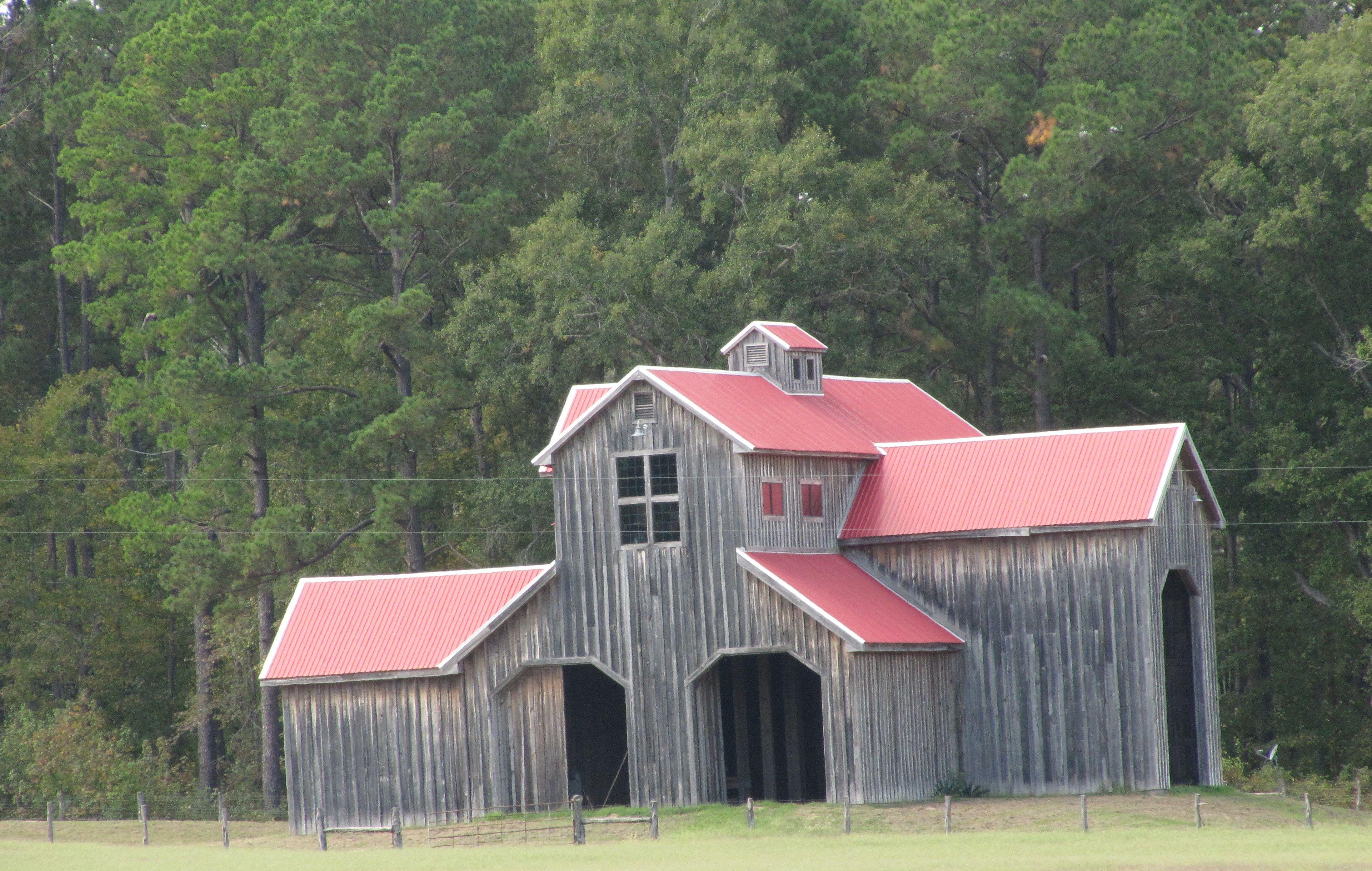 East texas barn i wonder where in east texas texas old for Barn houses in texas