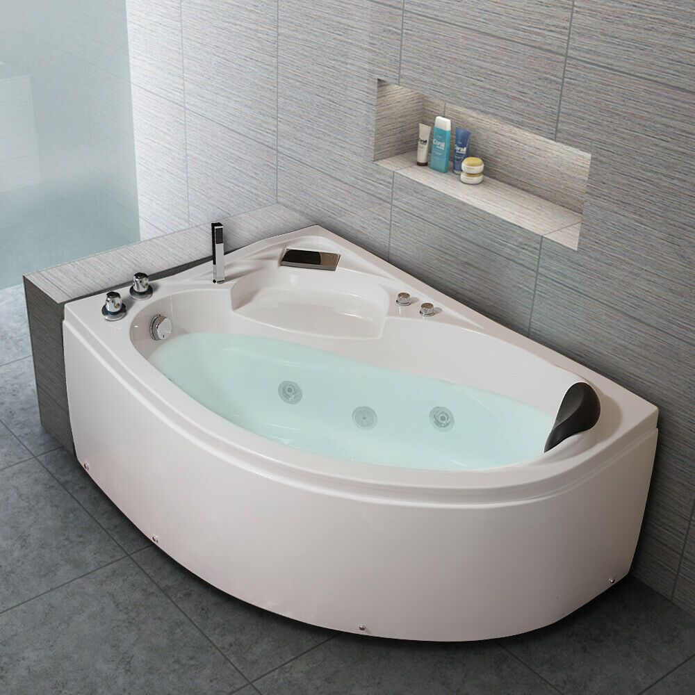 Whirlpool Corner Bath