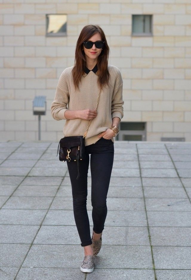 casual chic outfit ideas with slip on shoes light browns