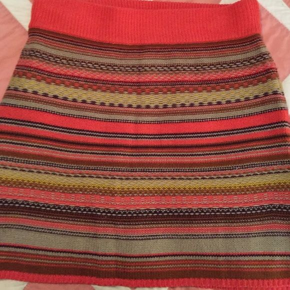 Patterned skirt Very cute and fun knitted skirt. Great condition! Mossimo Supply Co Skirts Mini