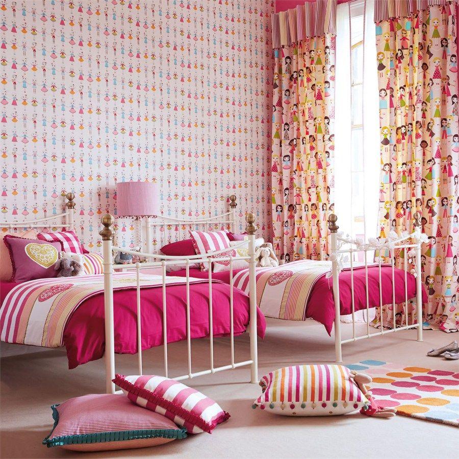Dormitorio De Ni A Con Cortinas Y Fundas N Rdicas A Juego Del  ~ Papel Para Habitaciones Juveniles