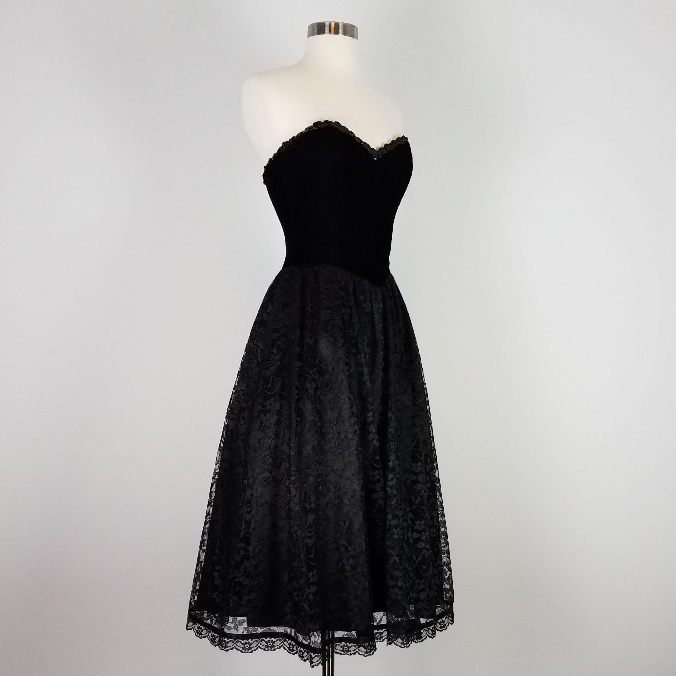 Pin On Betty S Dresses [ 2268 x 2268 Pixel ]