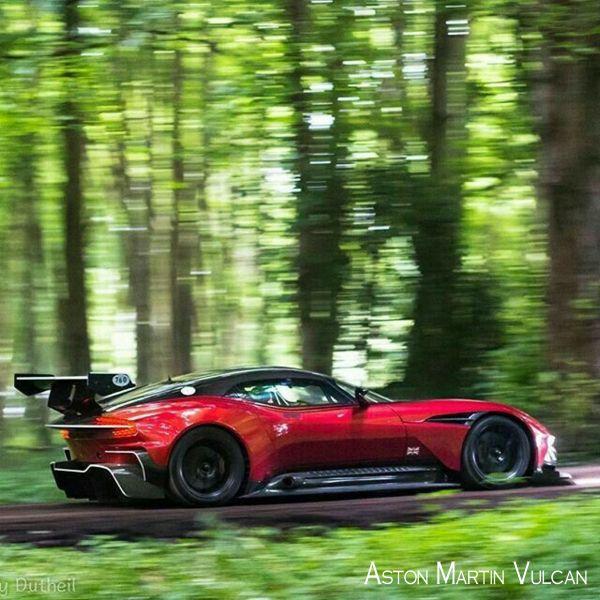 Porsche 918 Spyder 0 60: The Aston Martin Vulcan 0-60 Mph In Less Than 3.0 Seconds