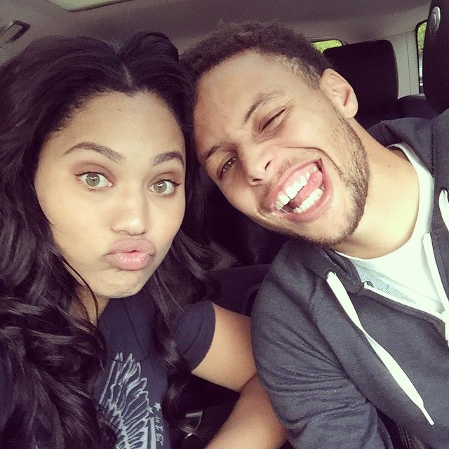 Cute Pictures Of Stephen Curry And His Wife Ayesha Popsugar Celebrity Steph Curry Stephen Curry Pictures Ayesha Curry