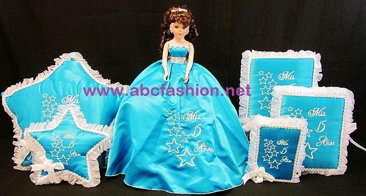 15 Anos Pillows: Quinceanera Accessories Set