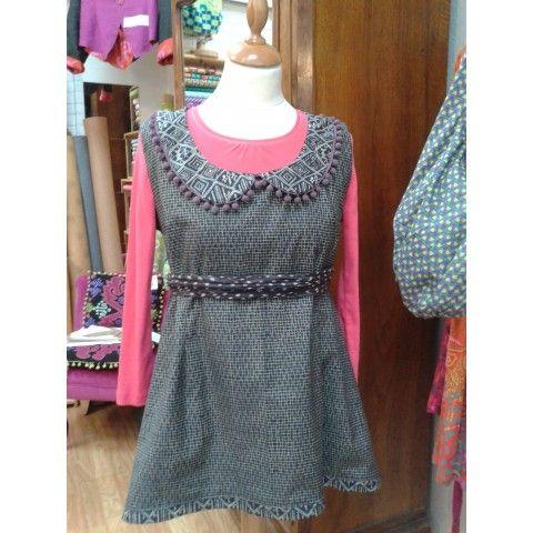 84351ca795c Robe Scarlett - Est-elle laine