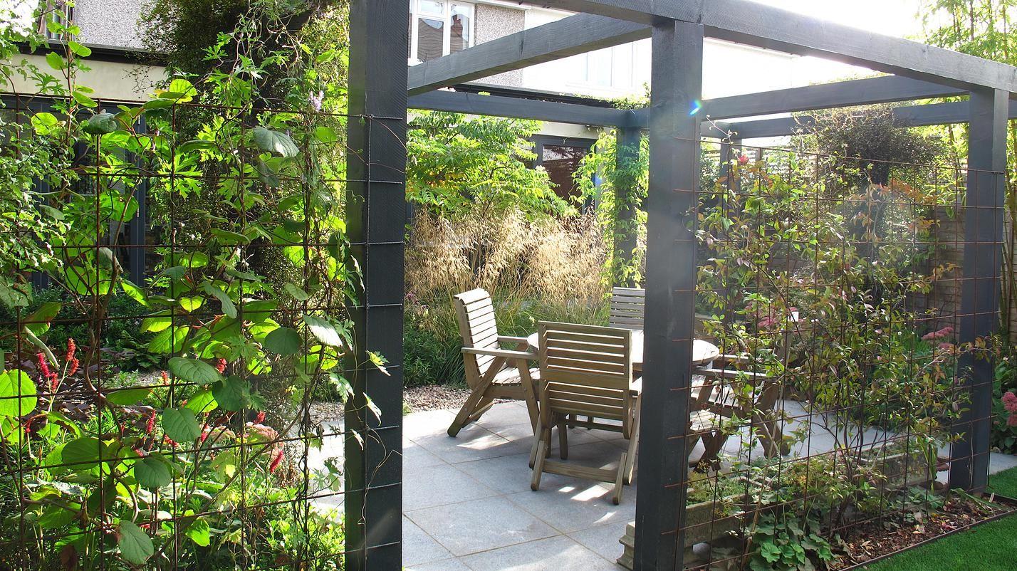 Fenton Roberts Garden Designer Home Page Barnet London Pergola Garden Pergola Courtyard Garden