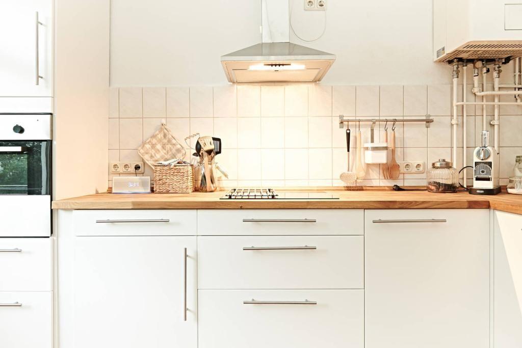 Ziemlich Helle Moderne Küche Farben Galerie - Küchen Ideen ...