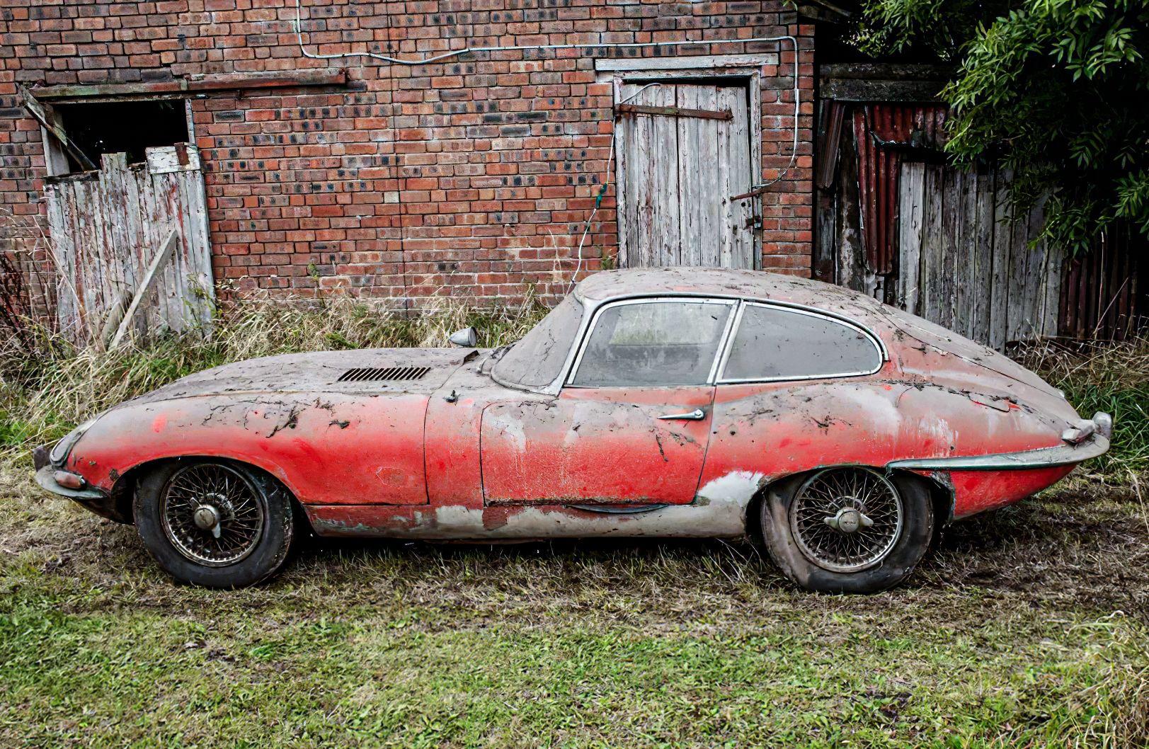 Abandoned 1964 Jaguar E-Type in 2020   E type, Jaguar e typ, Oldtimer jaguar