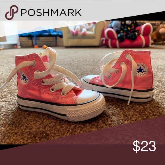 Baby girl size 3 hi-top converse Infant
