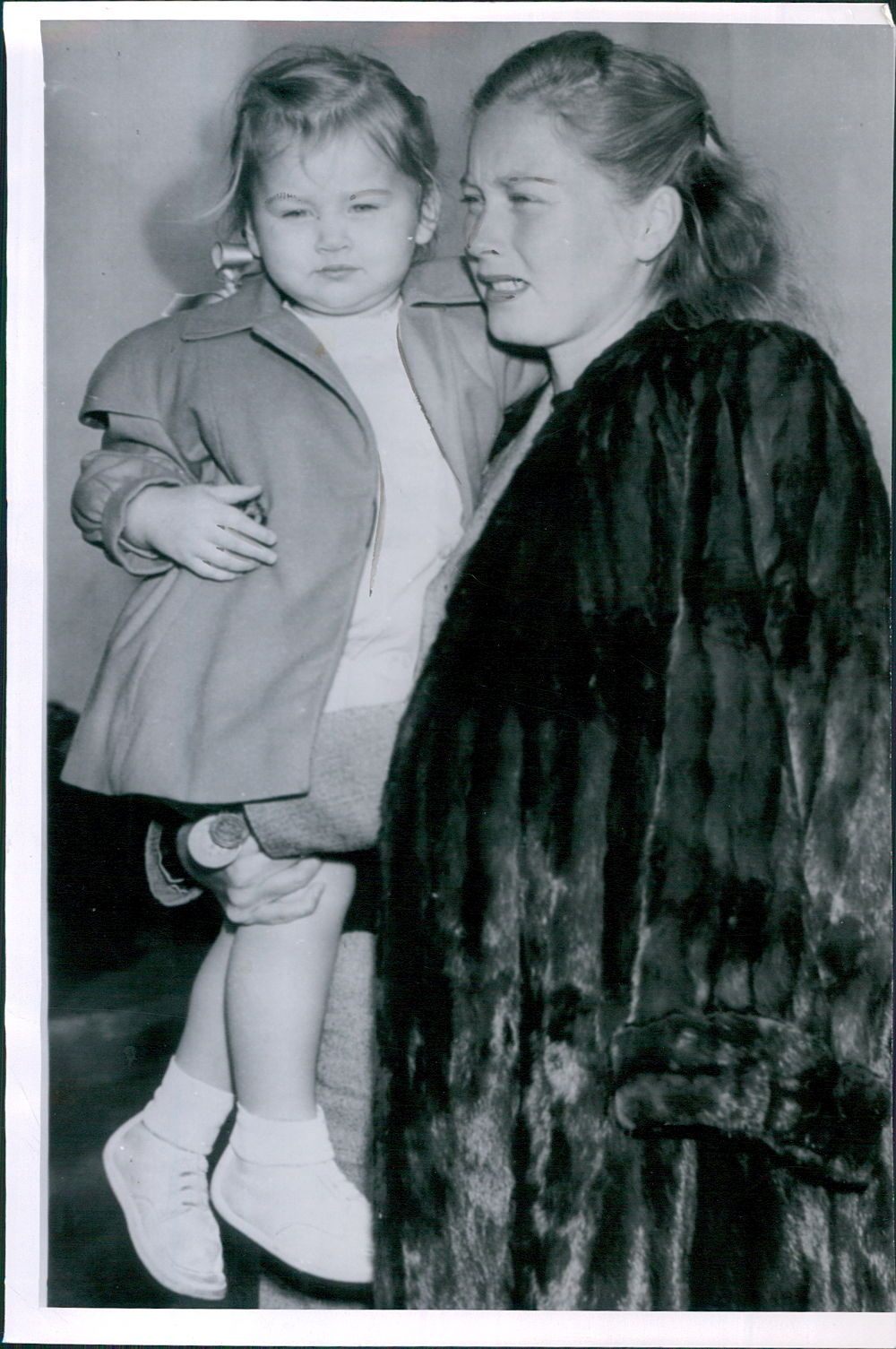 Vintage 1946 Actor Errol Flynn Daughter Deirdre and 2nd Wife