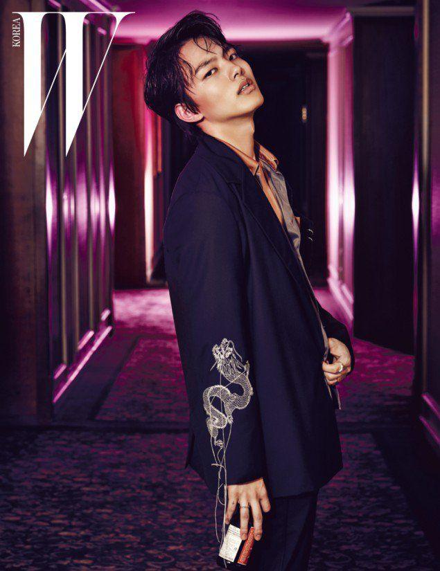 "Yeo Jin Goo Releases a Mature Themed Photoshoot with ""W Korea"" | Koogle TV"