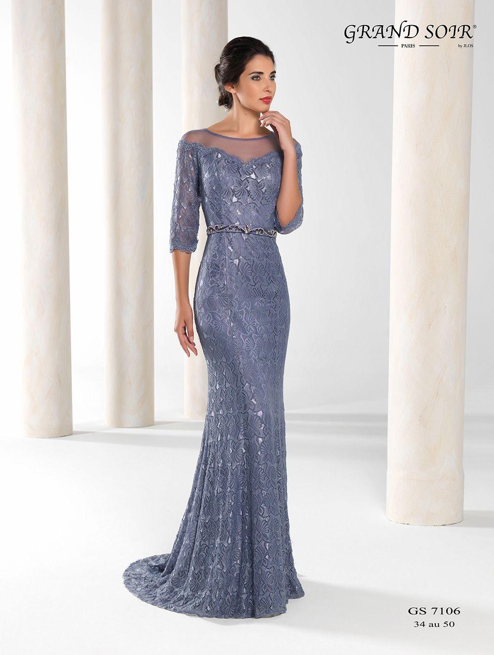 Figurbetont und elegant ist dieses wundervolle Abendkleid von