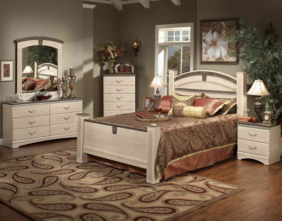 STYLE : 42100 LA JOLLA ESTATE WHITE WASH COLOR  7 PC BEDROOM SET ALSO  AVAILABLE