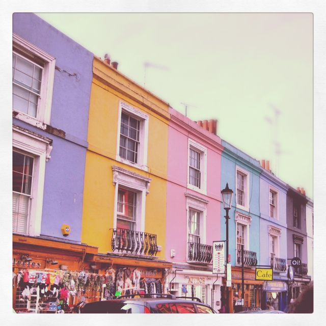Covey Apartments: Pastel Brownstones On Notting Hill, London