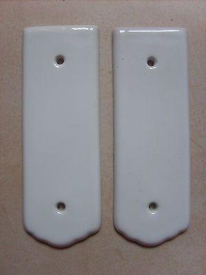 Lot de 2 anciennes plaques de propreté porte en porcelaine de 16,9