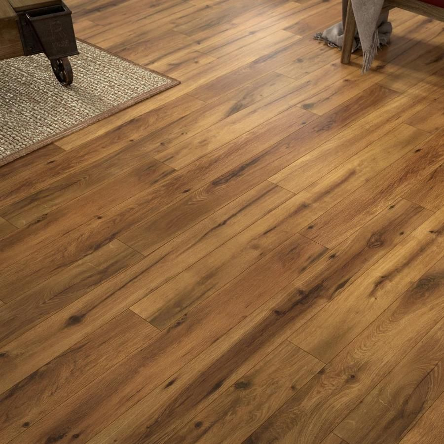 Allen Roth Lodge Oak 4 96 In W X 4 23 Ft L Handscraped Wood Plank Laminate Flooring Lowes Com Handscraped Wood Laminate Flooring Flooring
