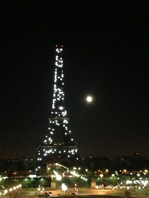 black and white sparkly Eiffel tower