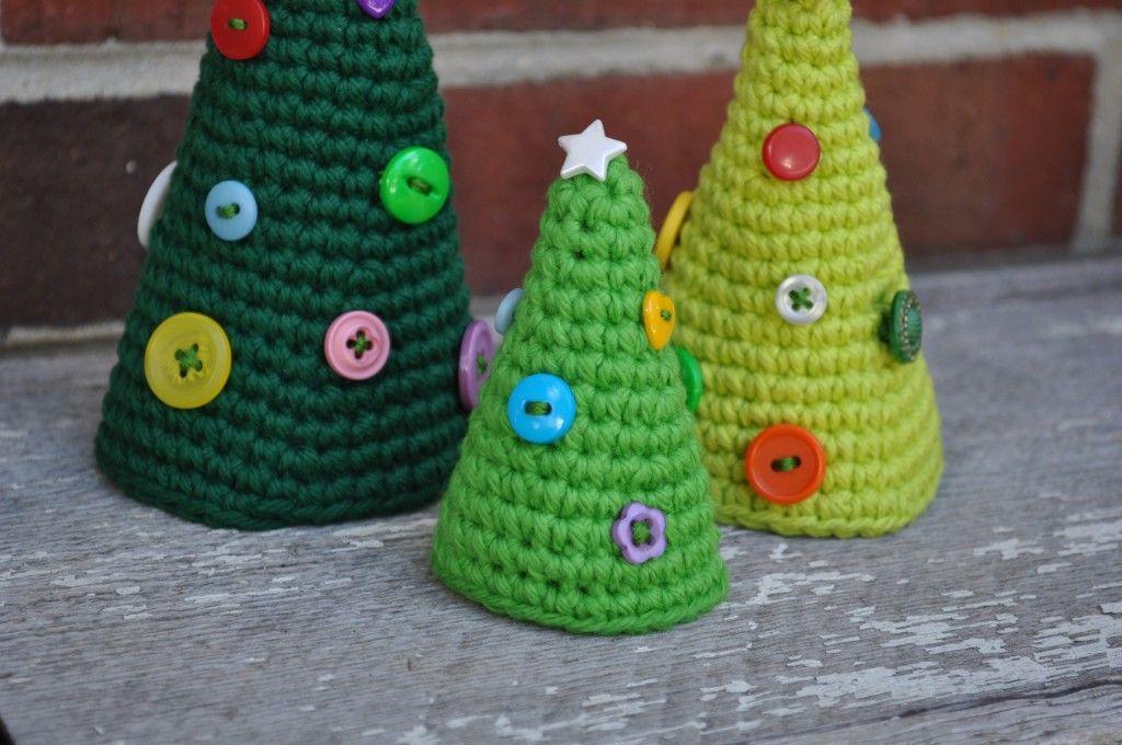 Crochet a Cute Little Christmas Tree! Christmas crochet