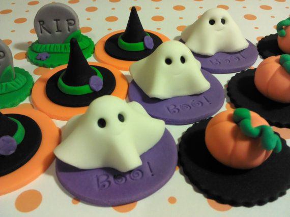 Fondant Cake Halloween Ideas : Best 25+ Halloween fondant cake ideas on Pinterest ...