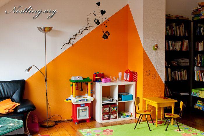 spielecke im wohnzimmer nach montessori - nestling, Wohnzimmer