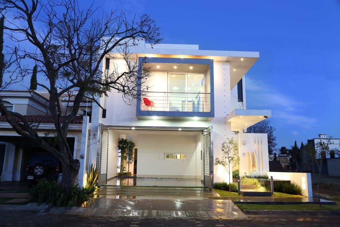 Giochi Di Pulire La Casa elegante e moderna: questa casa a due piani ti conquisterà