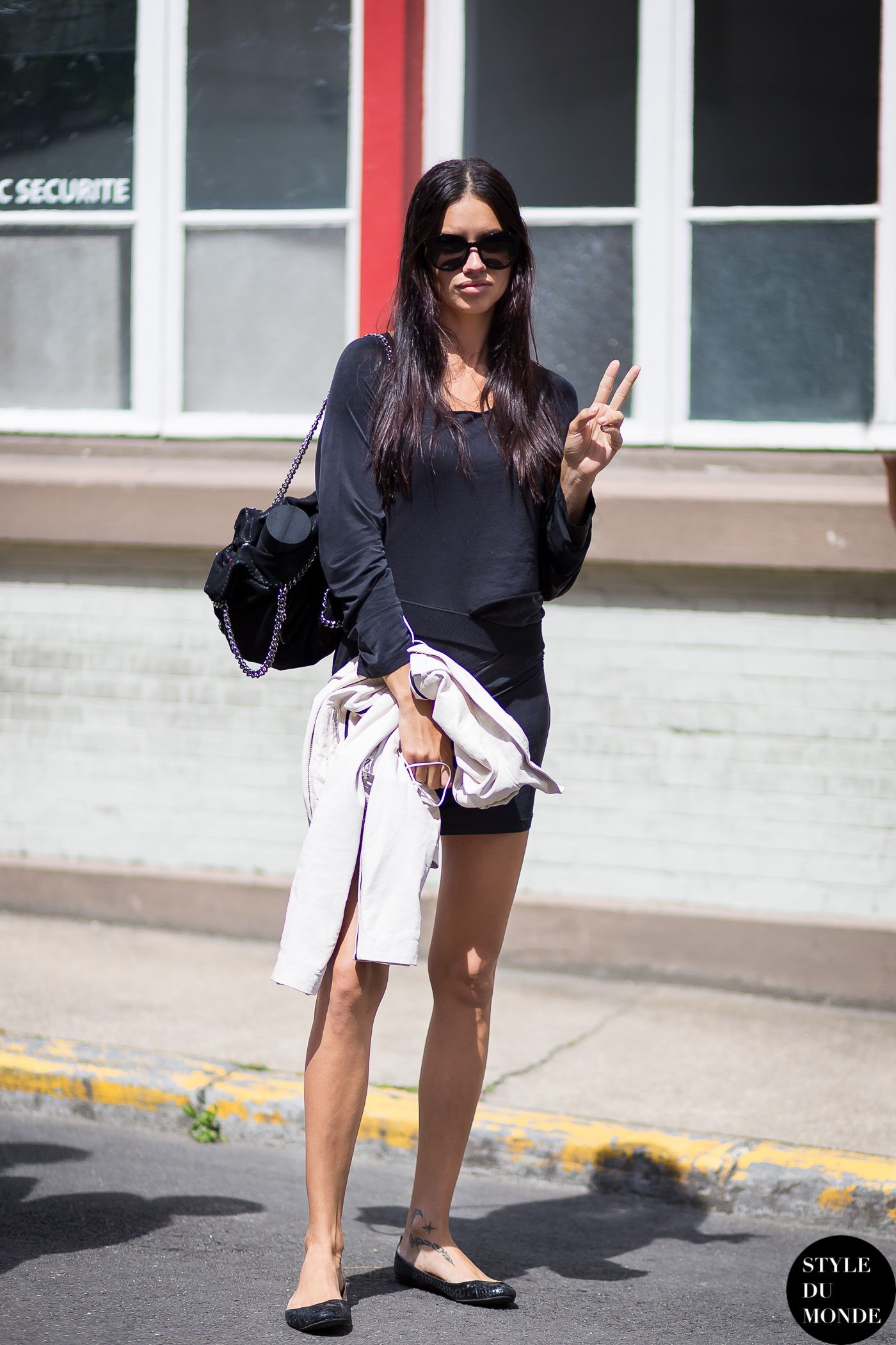 Paris Mens Fashion Week Spring 2015 Street Style Adriana Lima My Meitaviamp039s Kulot Denim Midi Culottes By Styledumonde Blog