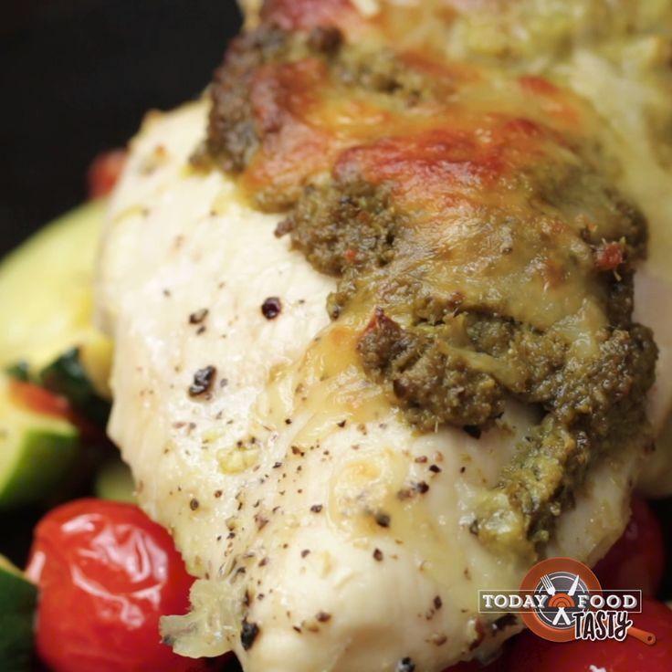 One-Pan Pesto Chicken & Veggies - Rezepte - #Chicken #OnePan #Pesto #Rezepte #Veggies