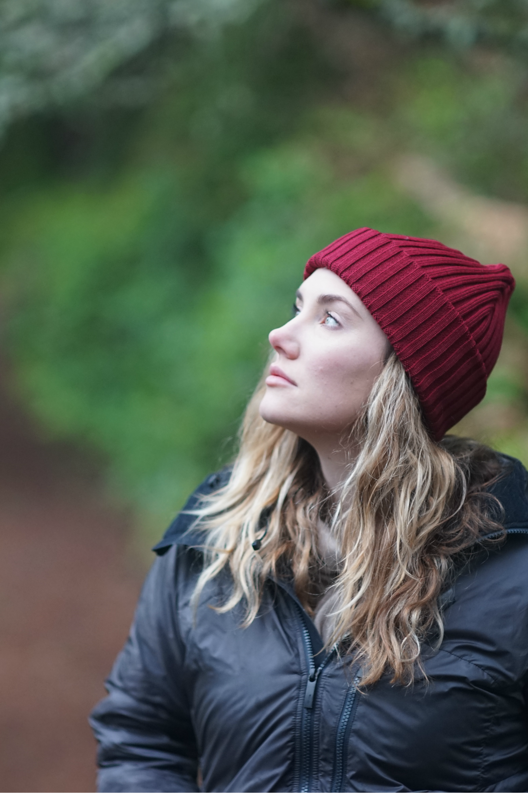 2d78b3606 Hipster hiking outfit for Women. Burgundy red merino wool beanie ...