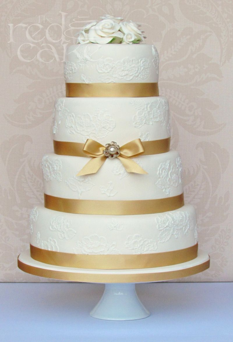 gold vintage wedding cake. This would be fantastic for a 50th ...
