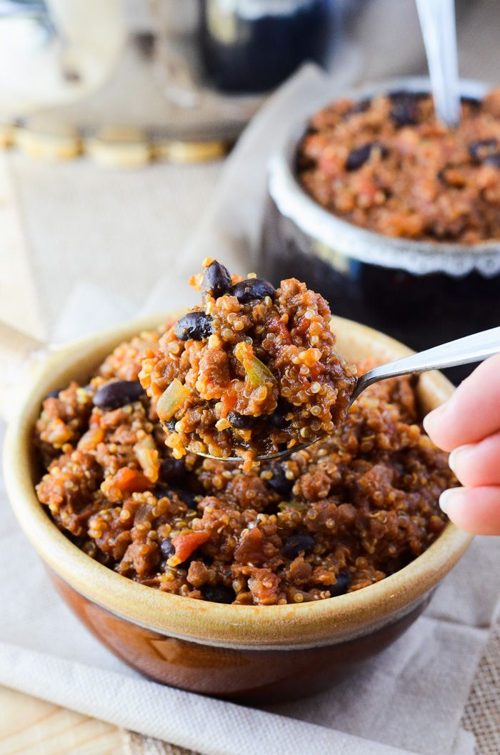 Everything you love about chili, but healthier - it's packed with protein-rich quinoa and made meatless with Gardein (but you can't even tell!)