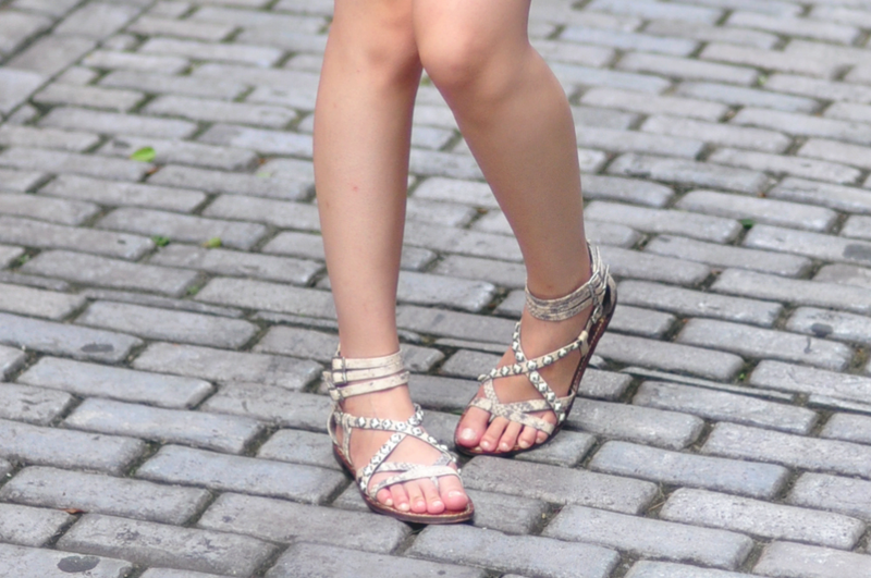 Sam Edelman sandals - on #forevervanny http://forevervanny.blogspot.com/2013/08/outfit-love-at-first-lace.html